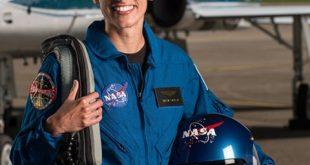یاسمن مقبلی که یک فضانورد ایرانی تبار می باشد از سوی ناسا برای یک ماموریت در نوبت سفر به ماه و مریخ قرار گرفته است.