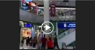 در آخرین حمله سرباز مسلح تایلندی به مراکز خرید و مردم و به رگبار بستن مردم بی دفاع ، او در ساعت 19.25 در korat به مردم حمله کرده و به طبقه چهارم مرکز خرید فرار کرده است و مردم وحشت زده از این حادثه پا به فرار گذاشتند.