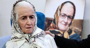 ملکه رنجبر هنرپیشه خوب سینما و تلویزیون در سن 81 سالگی امروز 8 اسفند 1398 در بیمارستان کسری درگذشت.