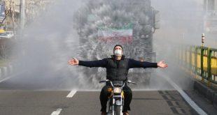 با اجرای طرح ضدعفونی کردن خیابان های پایتخت اجرای این عملیات در بسیاری از نقاط تهران آغاز گردید و عکس های منتشر شده از این عملیات در فضای مجازی یکی از پر بیننده ترین بخش ها را به خود اختصاص داده است
