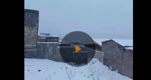 شب گذشته بارش برف بی سابقه در برخی مناطق از استان قم باعث غافلگیری برخی از ساکنان این مناطق گردید