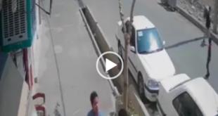 روز گذشته در یک تصادف وحشتناک در شهریار خادم آباد کودک خردسال بصورنت معجزه آسایی جان سالم به در برد