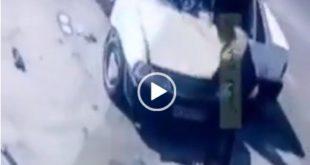 امروز برخورد شدید یک دستگاه پراید به تیر برق در لاهیجان باعث ایجاد حادثه شد و متاسفانه راننده پراید که جوان اهل شهر آستانه گیلان می باشد در وضعیت کما قرار گرفته است