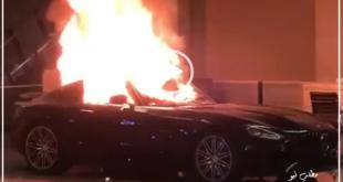 شب گذشته معترضان به قتل یک سیاهپوست توسط پلیس امریکا به یک نمایشگاه فروش خودروهای لوکس حمله کردند و تهعدادی از این ماشین ها را به آتش کشیدند