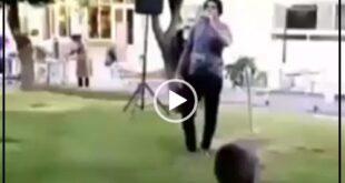 پسر آغاسی در جلوی بیمارستان «گنجویان» دزفول حضور پیدا کرد و ترانه پرطرفدار (لب کارون) را برای روحیه دادن به بیماران کرونایی اجرا کرد