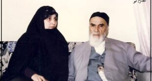 سید احمد خمینی با انتشار یک عکس از مادربزرگ خود در بیمارستان مسیح دانشوری خبر ابتلا او را به بیماری کرونا منتشر کرد