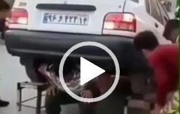 انتشار فیلمی از قدرت نمایی یک یک جوان خوزستانی که با قرار دادن یک پراید بر روی دوشش انجام حرکت اسکات پا پرداخت شگفتی بسیاری را برانگیخت