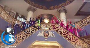 انتشار سکانسی از فیلم زن ها فرشته اند ۲ و حرکات موزون گروهی از مردان و زنان باعث ایجاد واکنش هایی نسبت به محتوای این فیلم سینمایی شد