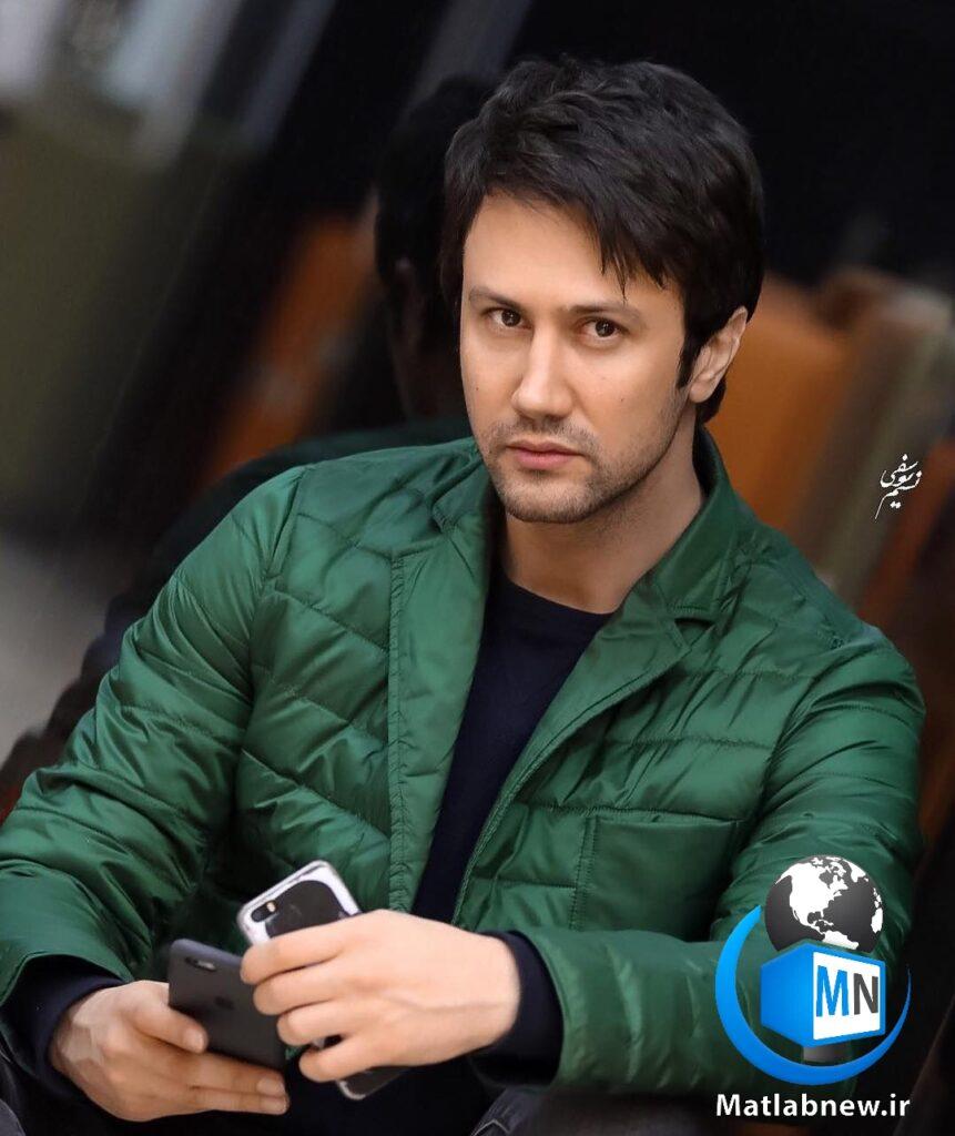 شاهرخ استخری بازیگر جوان و سرشناس سینما و تلویزیون ایران است او بعد از تحصیلات در خارج از کشور به فعالیت در تئاتر پرداخت در ادامه با ما همراه باشید