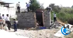 فیلم منتشر شده از تخریب خانه یک زن سرپرست خانوار در بندرعباس توسط ماموران شهرداری به یک حاشیه جنجالی در فضای مجازی تبدیل شد و این فیلم در حال دست به دست شدن است