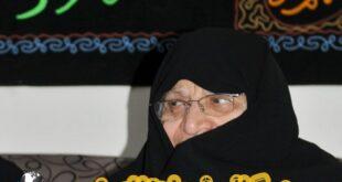 نیره احتشام رضوی همسر شهید نواب صفوی متولد سال ۱۳۱۲ بودند در ادامه با شرح کامل زندگی ایشان و زندگی نامه فرزندانش با ما همراه باشید