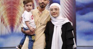 برنامه دعوت به مناسبت ماه مبارک رمضان هر شب مهمان برخی از جوانان،خانواده ها و چهره های مختلف با چالش ها و داستان های زندگی متفاوت می باشد