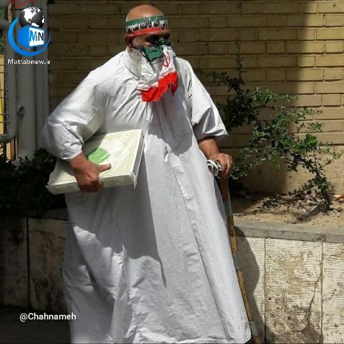 عکس/ داوطلب کفن پوش (انتخابات ریاست جمهوری) وارد ساختمان وزارت کشور شد