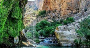 تنگه براق، تنگه ای زیبا در دل طبیعت استان فارس، که آن را به منطقه ای بکر و جذاب تبدیل کرده و شما می توانید ساعت ها از طبیعت لذت ببرید