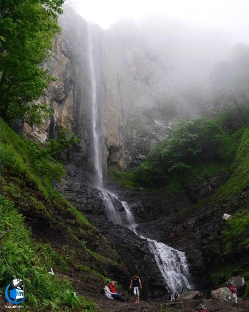 راهنمای دره نوردی و پیمایش آبشار لاتون