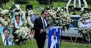شهرام کاشانی یکی از هنرمندان مشهور ایرانی می باشد این هنرمند چندی پیش درگذشت در ادامه با فیلم مراسم خاکسپاری این هنرمند با ما همراه باشید