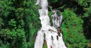 یکی از زیباترین مناطق دیدنی در استان چهار محال بختیاری، مکان های دیدنی در اطراف و مجاورت رودخانه بازفت است که آبشار لندی یکی از این زیبایی هاست
