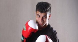 امید احمدی صفا یکی از ملی پوشان تیم بوکس ایران در رشته کینگ بوکسینگ می باشد. با بیوگرافی این ورزشکار با ما همراه باشید